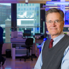 Ragon Institute Director Bruce D. Walker, MD, and his team used a novel approach to examine the complex, structural bonds within and among viral proteins to identify specific amino acids crucial to viral function.