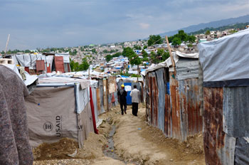 When the cholera outbreak occurred, Steven Gardner, MD, had already spent several weeks at the refugee camps in Port-au-Prince, Haiti.