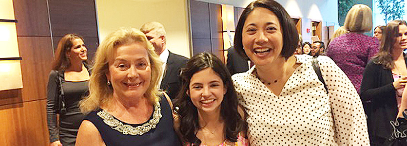 Devyn Casey (center) her grandmother Caryn Casey, left, and oncologist Lecia Sequist, MD, MPH, join to support lung cancer research.
