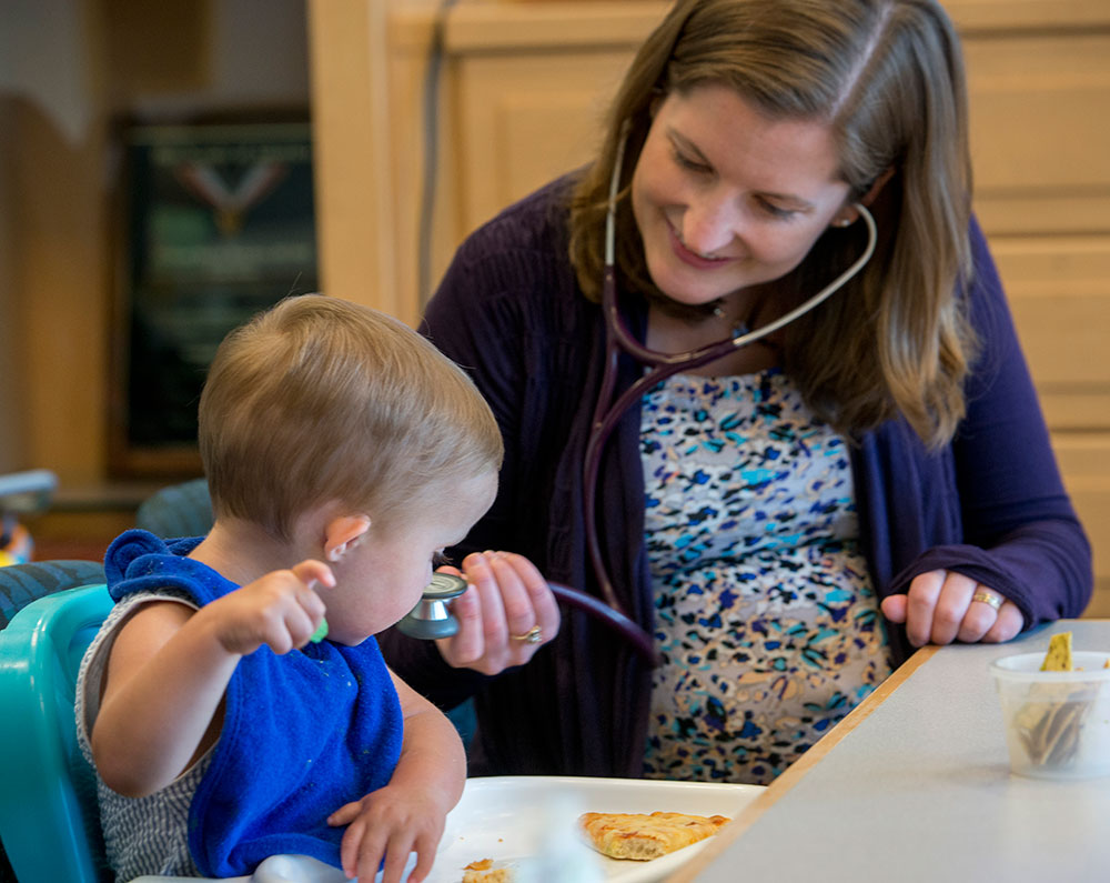 Lauren Fiechtner, MD, director of nutrition at the Center for Feeding and Nutrition, works to resolve Grant's feeding disorder.