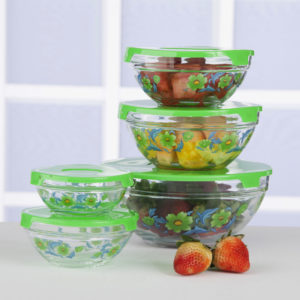 With clear glass storage containers, you can see your refrigerated leftovers and are more likely to eat them.