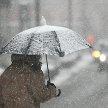 There are many treatments available to relieve the symptoms of depression that sometimes masquerade as winter blues.