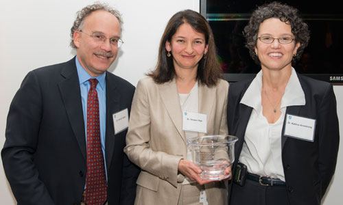 Noopur Raje (center), MD, director of the Center of Multiple Myeloma, was recently honored with the first Rita M. Kelley, MD, Chair in Oncology. Pictured with her are Daniel Haber, MD, director of the Mass General Cancer Center, and Katrina Armstrong, MD, chief of the Department of Medicine