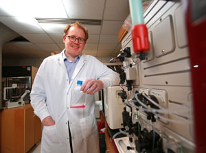In his immunotherapy research, Dr. Cobbold has found hundreds of neoantigens that are common to all people.