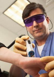 Fagan uses laser surgery to treat burn patients | Burn Care