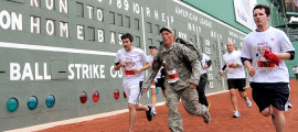 Score a run for veterans at the 2014 Run to Home Base.